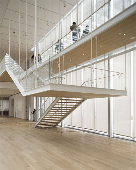 institute of chicago new wing courtyard 的圖片搜尋結果 interior stair 建築 建築物 屋外階段