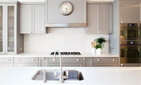 subway tiles splashback   subway tile kitchen