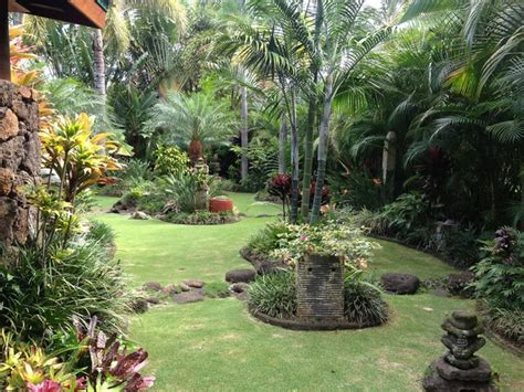 tropical style gardens kauai tropical landscape by land design collaborative