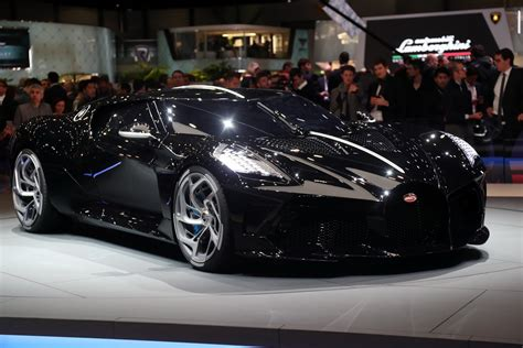 After a grandiose premiere at the geneva motor show, bugatti président stephan winkelmann presented 'la voiture noire' to an exclusive clientele in dubai, where our local partner al habtoor motors launched their activities for the. Dünyanın en pahalı otomobili: Bugatti La Voiture Noire ...
