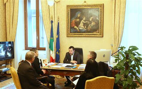 Ministro Interno Viminale Il Ministro Dell Interno Salvini Incontra Il