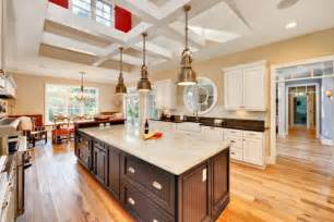 10 industrial kitchen island lighting ideas for an eye catching yet cohesive décor - How Big Is A Kitchen Island