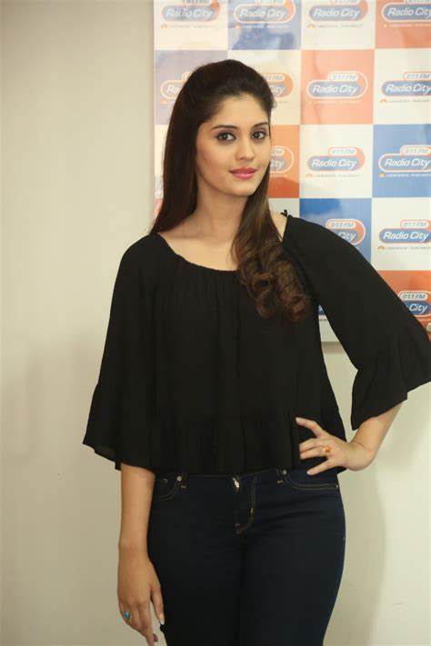 beautiful surabhi latest photos in black tollywood boost
