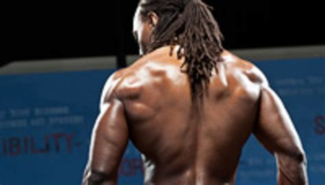 Police Your Lats: Assign Width To Your Back With Lat Shrugs