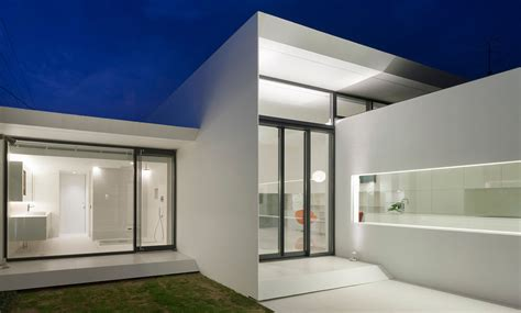 Minimalist House : Every Corner Of This Minimalist House In Japan Was