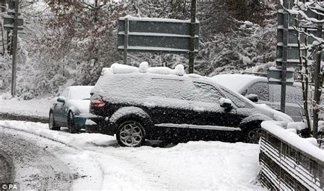Uk Weather Forecasters Predict 8 Inches Of Snow Tonight