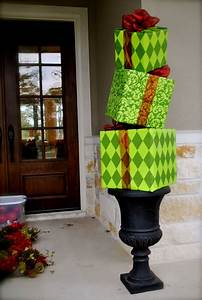 30 Amazing Outdoor Christmas Decoration Ideas · Inspired Luv
