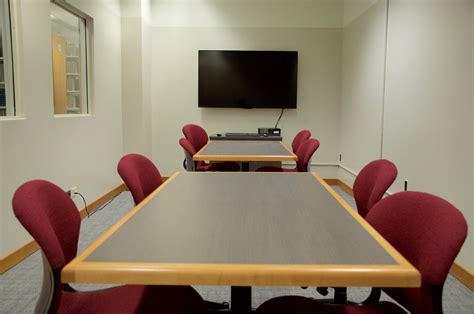 New Group Study Room for Law Students | Law Library