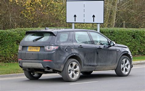 Land Rover Discovery Sport 2019 by Spyshots 2019 Land Rover Discovery Sport Has Makeshift