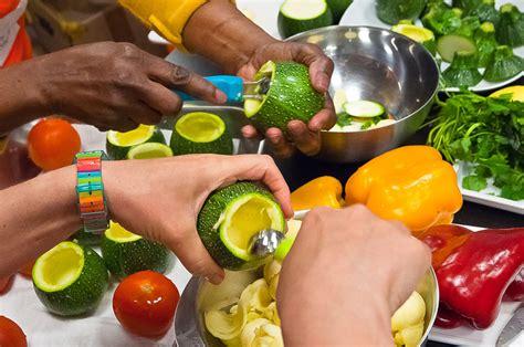 image atelier cuisine ateliers actions bélénos enjeux nutrition bélénos