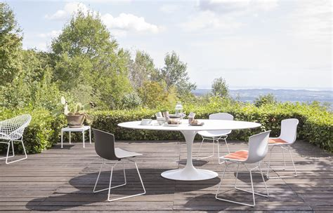 bertoia chaise bertoia side chair outdoor garden chairs from knoll