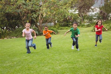 parents push back against school that bans tag mnn 570 | kids recess running.jpg.653x0 q80 crop smart