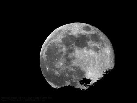 full moon tonight offers sneak preview  september lunar