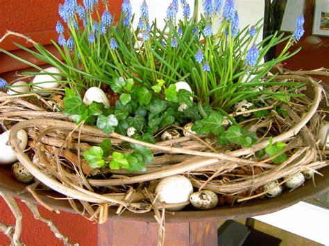 Österliche Frühlingsdeko  Wohnen Und Garten Foto Kränze
