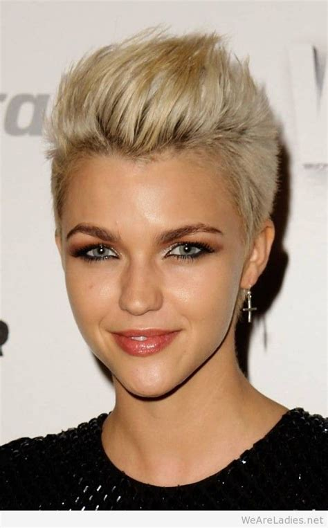 top blonde hairstyles ideas for women