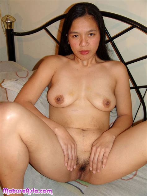 Maan Big Ass Amateur Mature Asian Toying Her Pussy And