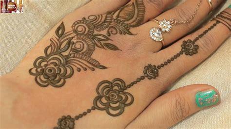 Easy Simple Ornamental Finger Mehndi Designs For Hands