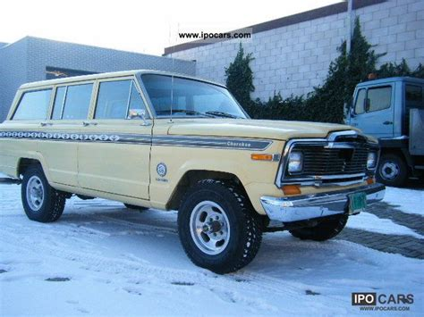 jeep chief 1979 1979 jeep chief wagoneer v8 in 1979 and 45 u s classics