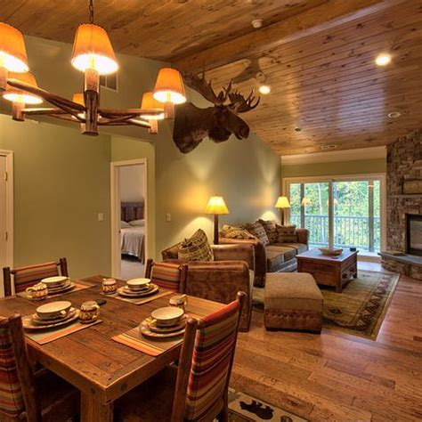 paint colors with pine ceiling knotty pine ceiling sage green walls i can skip the