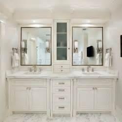 White Vanity Master Bathroom Designs