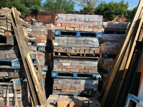 reclaimed bricks floorboards birmingham midlands