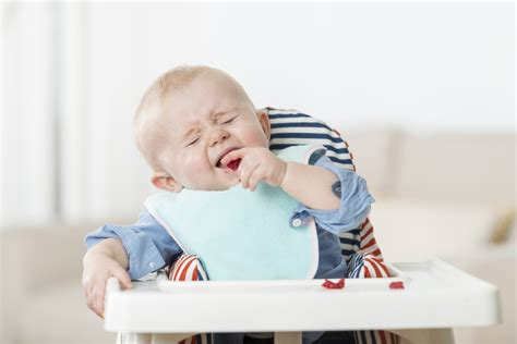 The Six Faces Your Weaning Baby Pulls And What They