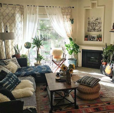 Best 20+ Earthy Living Room Ideas On Pinterest