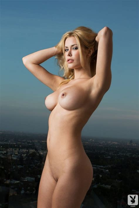 Kennedy Summers Nude Sexy Photos TheFappening