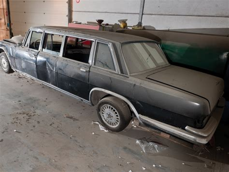 This fully armoured state limousine with a raised roof was produced in 1965 as a unique specimen for the company's own car fleet. RM Sotheby's - 1969 Mercedes-Benz 600 Pullman Limousine ...