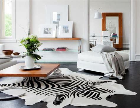 le tapis zebre en   avec beaucoup didees