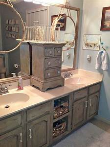 Bathroom vanity makeover with annie sloan chalk paint for Annie sloan chalk paint bathroom vanity