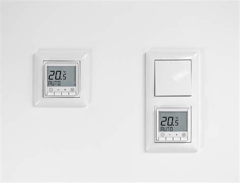 temperaturregler f 252 r schalterprogramm busch jaeger balance si