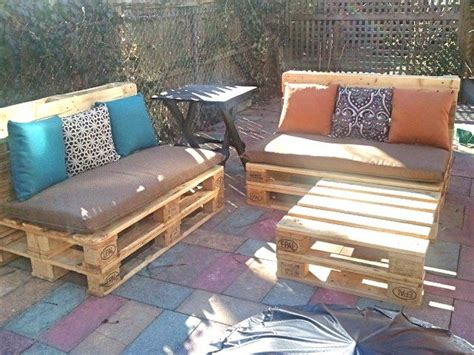 Patio Furniture Made From Pallets by Turn Pallets Into Patio Furniture Diy Projects For