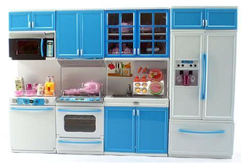 Deluxe Modern Barbie Size Kitchen Furniture Stove Fridg