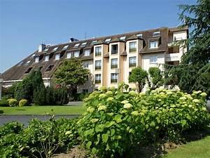 Hotel les jardins de deauville saint martin aux chartrains for Les jardins de deauville