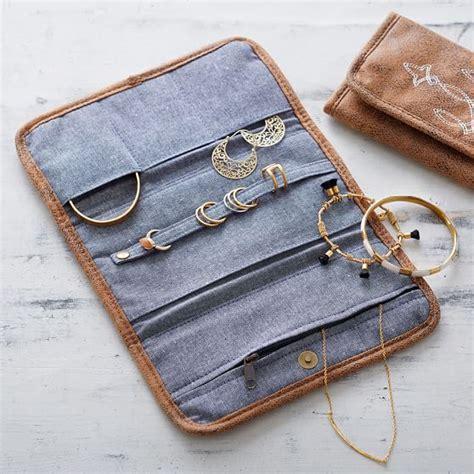 Junk Gypsy Wanderer Jewelry Roll Pbteen