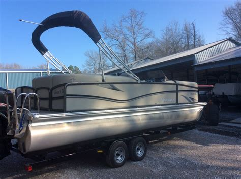 Tritoon Boat Trailers For Sale Near Me by 2016 Bentley Tritoon New Car Reviews And Specs 2018