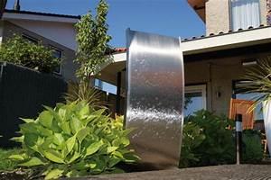brunnen fur terrasse und balkon formen montage pflege With französischer balkon mit moderne brunnen garten