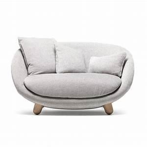 Plaids Für Sofas : sessel love sofa online bestellen von moooi f r ~ Markanthonyermac.com Haus und Dekorationen