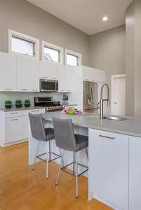 Contemporary White Laminate Kitchen