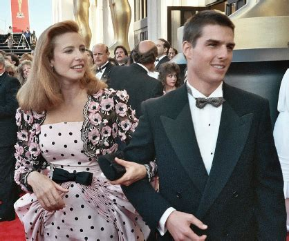 Tom Cruise Age | Biography | Movies | Family | Wife ...