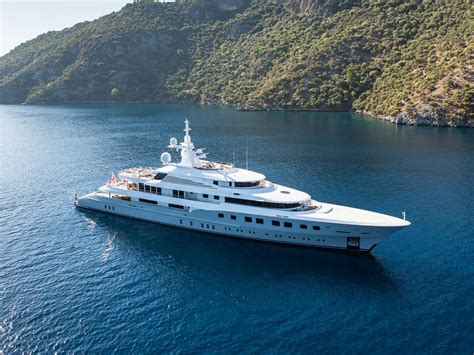 Yacht Images by Luxury Yachts At Yachts Miami Photos Features