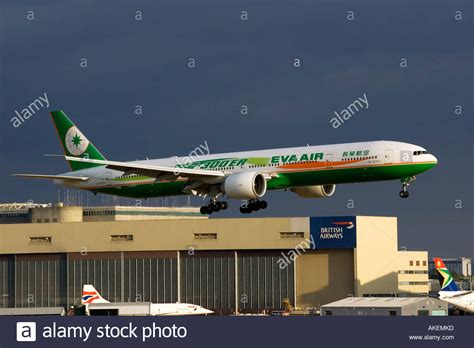 boeing 777 series 300er extended range airliner of air on finals stock photo royalty free