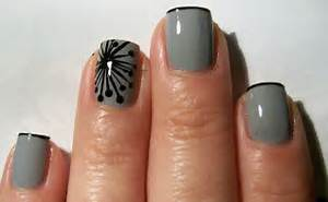 Iceomatic s nails modern dandelion nail art