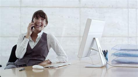 affaire de bureau femme d affaires t 233 l 233 phoner bureau business 4k