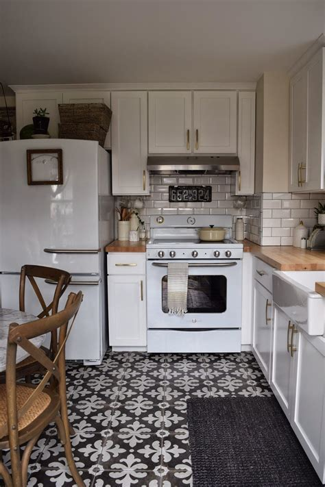 Connecticut Kitchen Remodel   Retro kitchen appliances