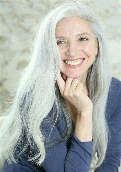 Pretty   Gorgeous gray hair   Pinterest   Hår, Långt hår