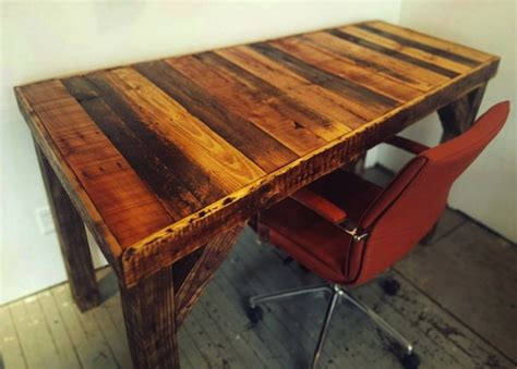 easy to make desk diy pallet desk bob vila thumbs up bob vila
