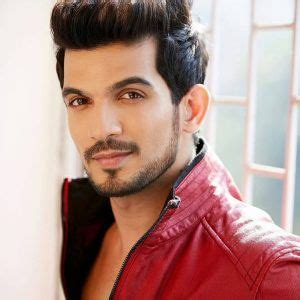 Arjun Bijlani Wife, Age, Son, Photos(image), Bio, Family ...