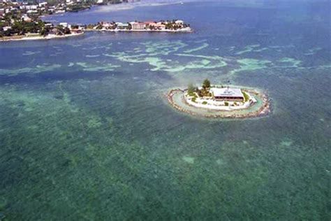 Boat Rentals In Paradise Marathon Fl by Florida Island Selling For 12 Million Condo
